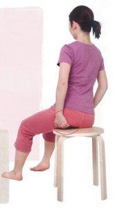 下関市の整骨院しんしも整骨院では痛みの対処だけでなく正しい座り方の指導もしています。痛みの出ないカラダ作りを