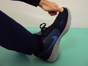 下関市の整骨院しんしも整骨院では正しい靴の選び方をアドバイスしています。足にあった靴を選びましょう。